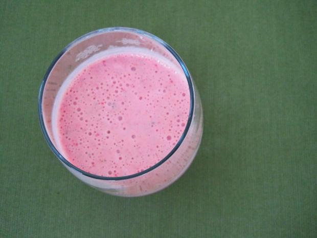 strawberry banana smoothie 2