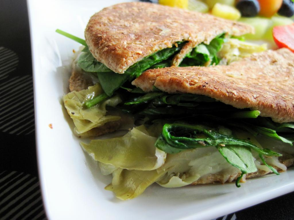 Spinach and Artichoke Grilled Cheese | Skinny Muffin