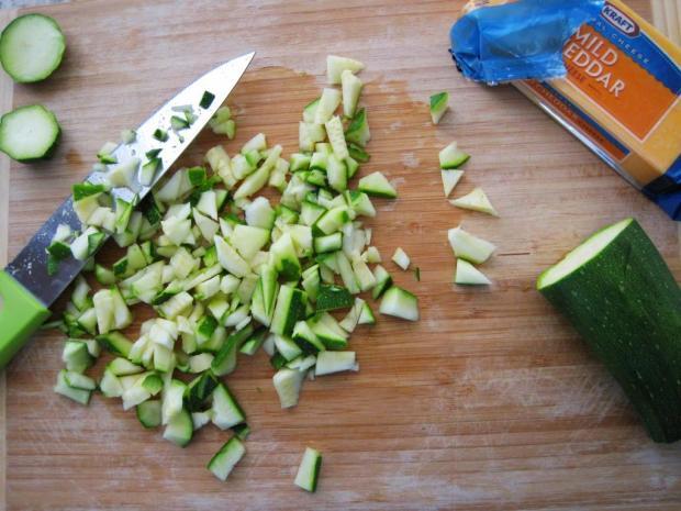 cheesy zucchini quinoa 1