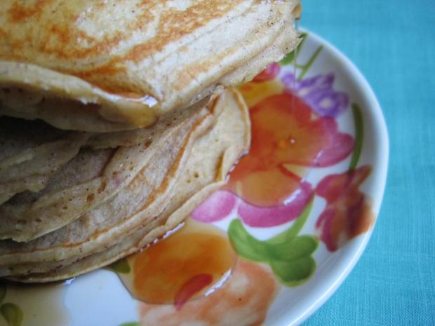 cinnamon apple pancakes 3
