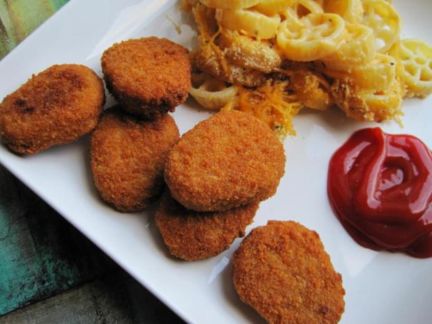 mac and cheese and chicken nuggets 2