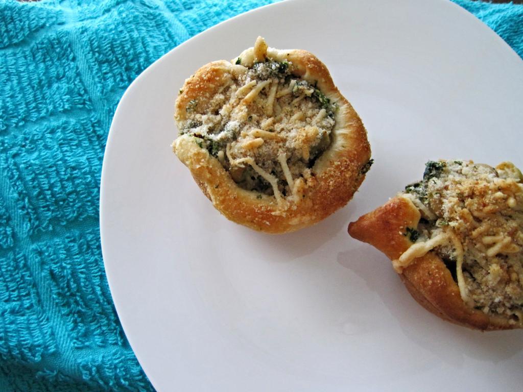 Spinach Artichoke Mac and Cheese Cups   Skinny Muffin