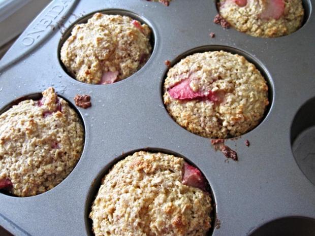 strawberry muffins 2