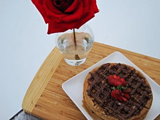 strawberry waffles 1