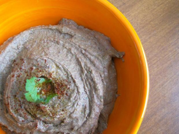 black bean hummus 2
